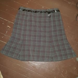 Sag Harbor plaid skirt with belt and bow